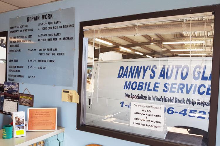 Dannys Auto Parts >> Auto Custom Cut Glass Mirror Shop Hampton Va Danny S Glass